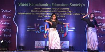 most recommended college in Pune regularly conduct the various cultural & technical event for the students